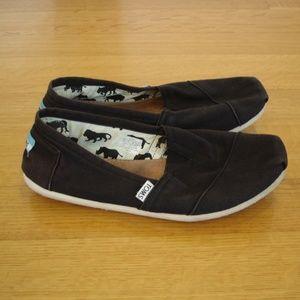 TOMS Women's Slip-On Shoes (Size 9.5) Black Canvas